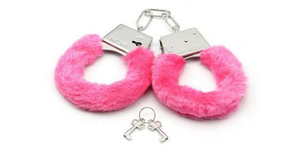 Cuffs_1492168542-e1493291019933-630x307.jpg
