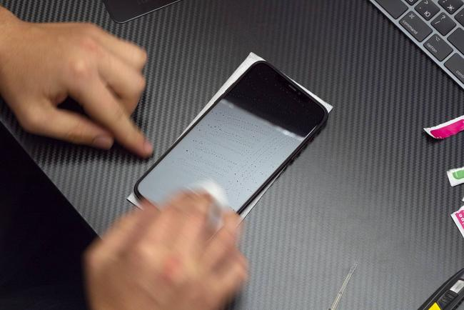 iphone-protective-glass-liquid-helper-aliexpress-test-iphonesru-2.jpg