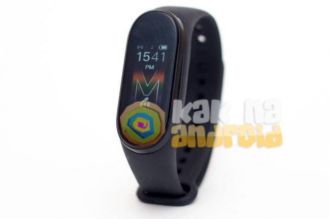 Smart-Bracelet-M5-glavnyj-ekran.jpg